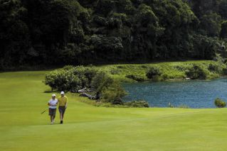 12 Day Scenic Vietnam Golf Tour