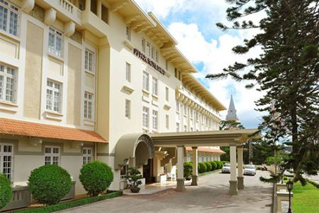 Dalat Stay And Play 3 Days 2 Nights 2 Rounds - Hotel Du Parc