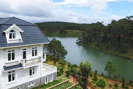 Dalat Stay and Pay 3 Days 2 Nights - Sacom Tuyen Lam Resort